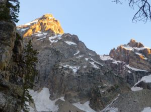 East ridge from near Amphitheater Lake